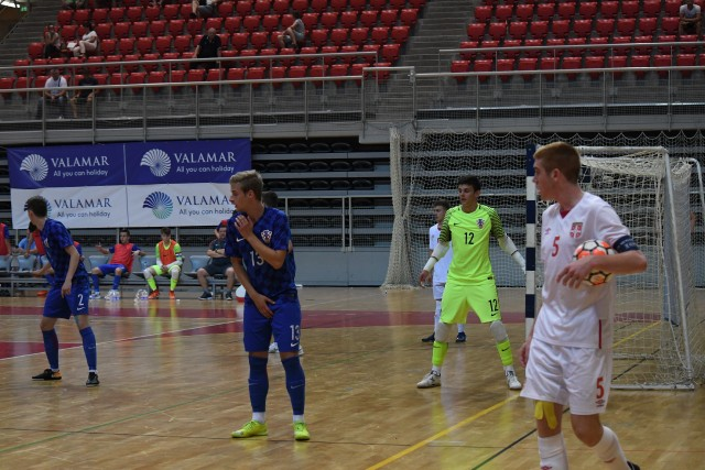 Luck Earns Croatia Late Win Against Neighbours Serbia on Day 2